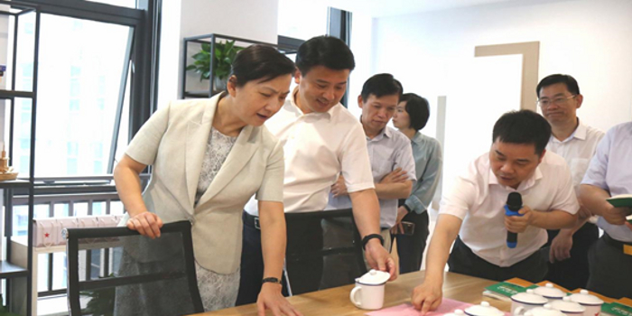 王文序副省长调研杭州市西湖区