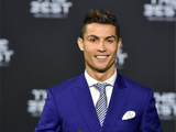C罗压梅西夺FIFA世界足球先生