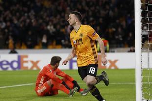 欧联杯狼队4:0胜贝西克塔斯