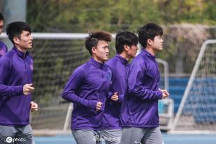 天津津门虎备战新赛季中超联赛