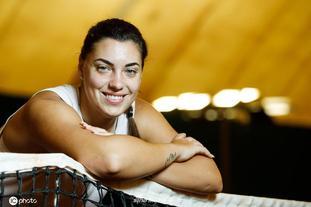 克罗地亚网球天才康纽拍摄写真