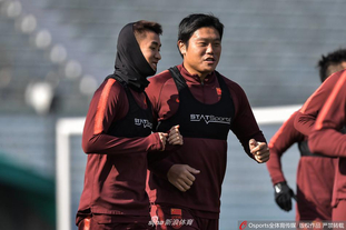 国足选拔队输日本后继续训练