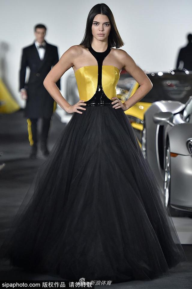 当地时间2018-10-21,美国纽约,2018纽约时装周春夏:Ralph Lauren品牌秀场。