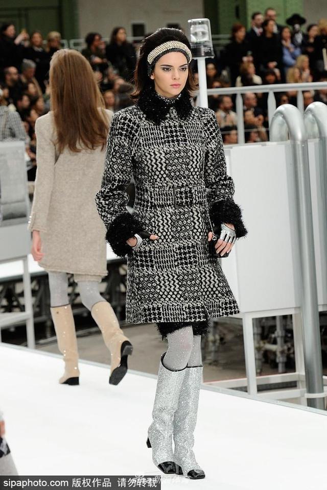 当地时间2018-10-21,法国巴黎,2017巴黎时装周秋冬,Chanel品牌秀场。