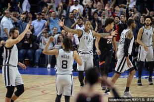12月15日NBA常规赛精彩瞬间