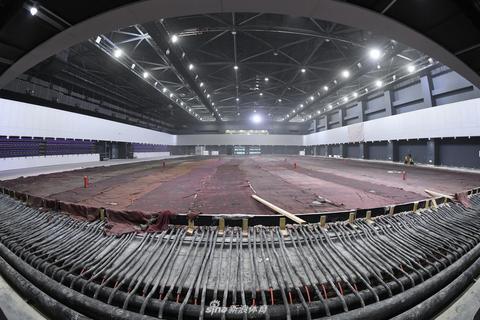 """北京冬奥会训练场馆""""冰坛""""完成冰场浇筑"""