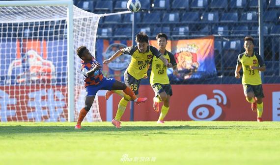 [亚冠]广州队0-3泰国狮子港