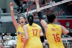 中国女排又创新纪录添双喜 首个五冠王+重返NO.1