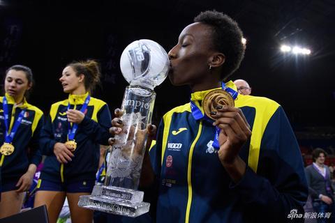 2019女排世俱杯颁奖仪式