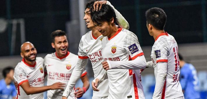 [足协杯]上海海港3-0胜大连人
