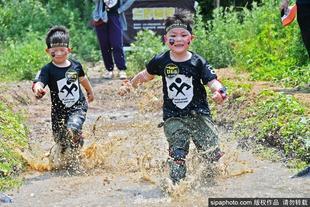 山东烟台:儿童障碍赛