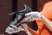 克鲁伊夫生前最后一双战靴被拍卖