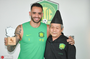 奥古斯托荣膺国安6月最佳球员