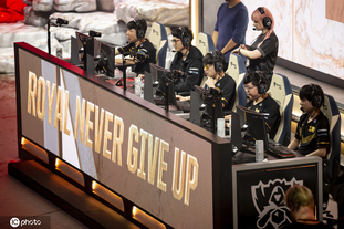 LOL全球总决赛小组赛SKT vsRNG
