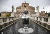 2020欧洲杯冠军奖杯来到罗马 圣天使城堡前展出