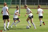 2021国际足球友谊赛前瞻:德国女足国家队备战训练