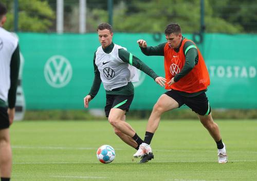 沃爾夫斯堡回歸訓練場 新帥范博梅爾帶隊首訓
