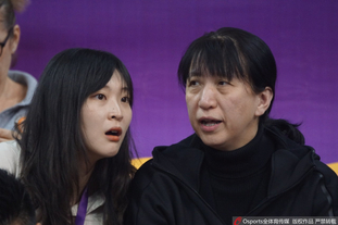惠若琪与赖亚文热聊