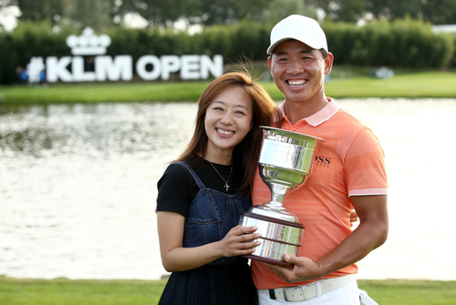 荷兰公开赛吴阿顺赢个人欧巡第三冠