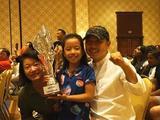 刘国梁爱女首获高尔夫世界冠军