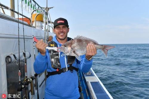 科普卡济州岛出海钓鱼享受美味