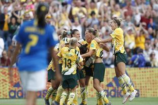 [世界杯]澳大利亚3-2逆转巴西
