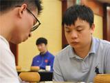 高清-围棋个人赛男棋手特写