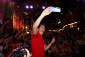 莱万多夫斯基出席北京球迷见面会