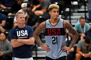 美国男篮训练库兹马成焦点