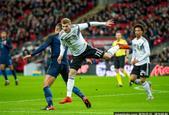 国际足球友谊赛英格兰0-0平德国