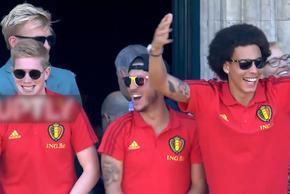 比利时凯旋与球迷见面