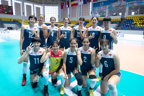 U18女排世锦赛中国3-0韩国进8强