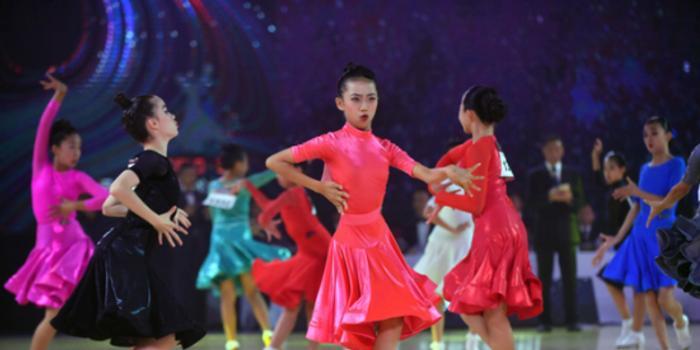 2019年深圳南山粤港澳大湾区体育舞蹈公开赛落幕
