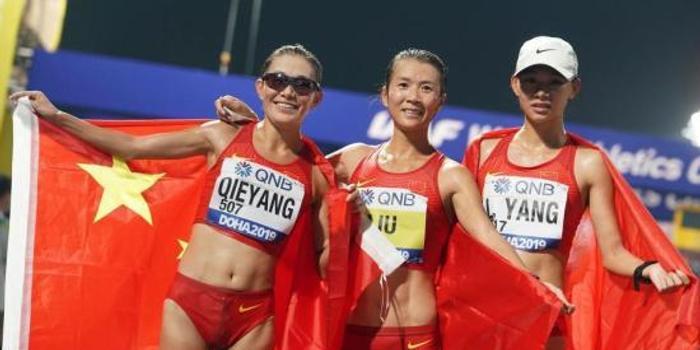 世锦赛半程综述:中国队超越上届 美国队7金领跑