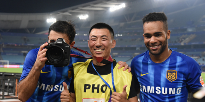 足球记者真的没有什么后浪了 是中国足球的悲哀么