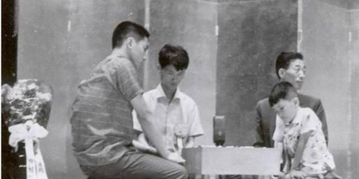 圍棋史上的8月2日:木谷實一門總段數達到100段