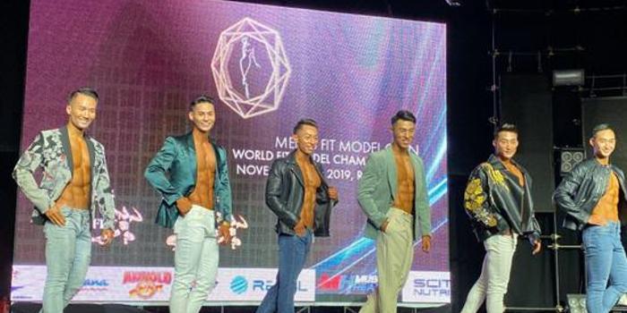 首届世界健身模特锦标赛中国队王瑞山喜获亚军