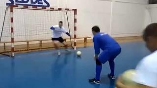 五人制足球门将如何训练