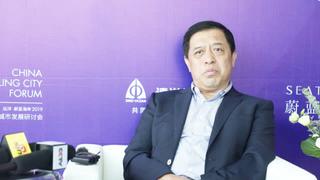 新浪体育采访秦皇岛副市长