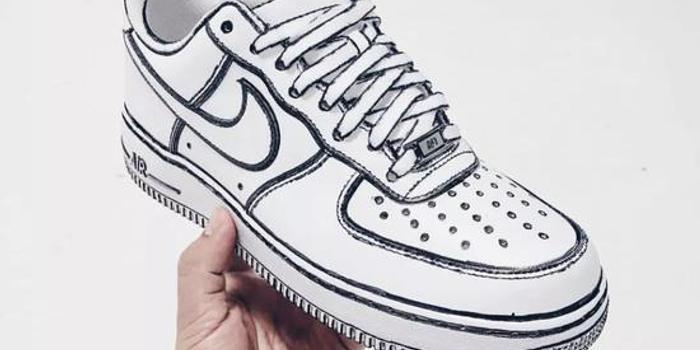 """他和Converse推出了最""""好玩""""的联名球鞋"""