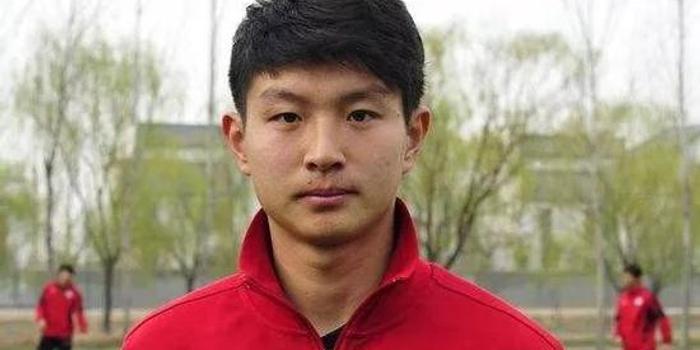 从贾秀全到王嘉楠 中国球员能否赢回日本足球的尊重