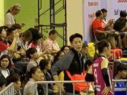 球迷手记:张晓雅为王娜支招 泰国球市很火爆