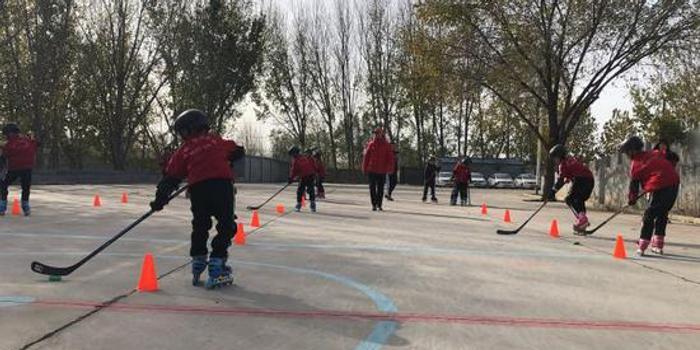 冰球协会从武术学校跨界选材 武校:还没有冰场