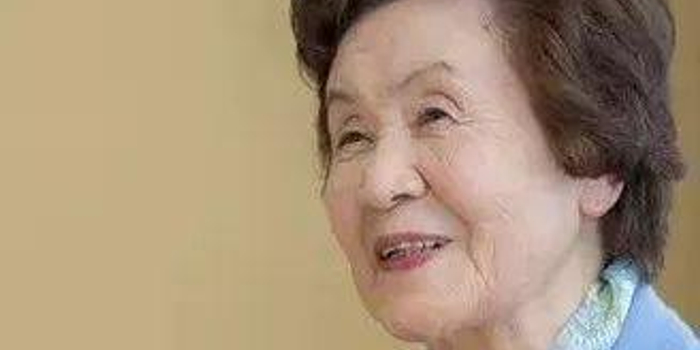 """92岁的杉内奶奶""""不好惹"""" 棋圣战预选战胜男九段"""