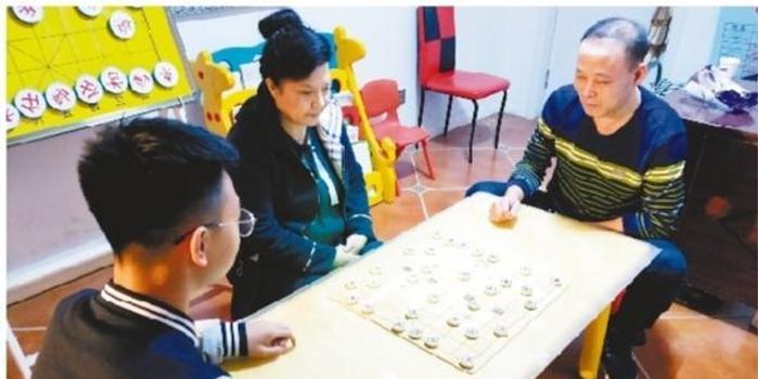 棋乐无穷的兰家祖孙三代:学医要和下棋一样严谨