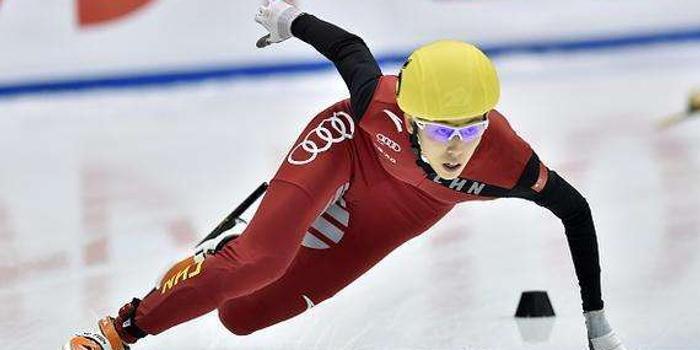 短道世界杯男女混合接力中国夺冠 范可新1000米摘铜