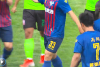 中甲-亚亚图雷首球高翔梅开二度 黄海5-2大胜新疆