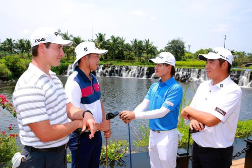 美巡赛中国海口锦标赛 冠军与青少年面对面