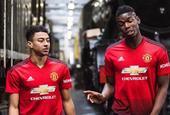 曼联发布新赛季主场球衣 灵感来自铁路工人
