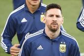 梅西重回国家队 ?#20107;?#22522;地训练